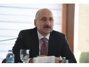 """Bakan Karaismailoğlu: """"Bursa'yı Ankara-İstanbul hattına bağlamak için çalışmalar devam ediyor"""""""