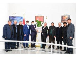 Hekimhan MHP'den Başkan Gürkan'a ziyaret
