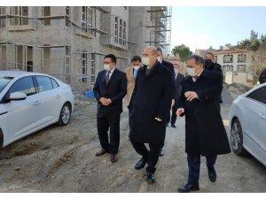 Bakan Soylu, Alaçam Hükümet Konağı inşaatında incelemelerde bulundu