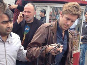CNN International muhabirine canlı yayında gözaltı