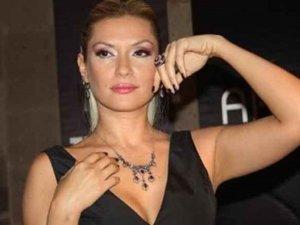 Şarkıcı Tuğba Altıntop, hastanelik oldu! Meslek hayatı tehlikede!