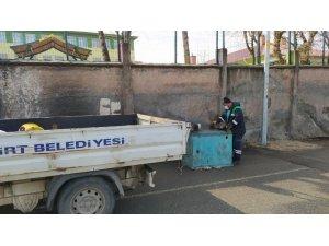 Siirt'te çöp konteynerleri onarılıyor