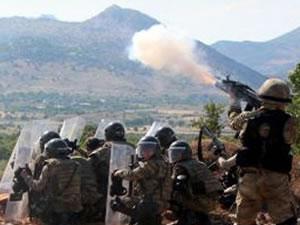 Diyarbakır'dan açıklama: Kapalı yolda 14 asker yaralandı