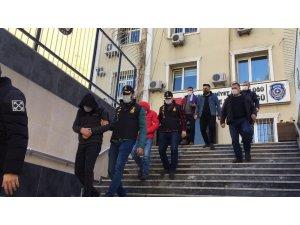 İstanbul'da 6 olayda 500 Bin liralık kapkaç yapan şahıslar kamerada