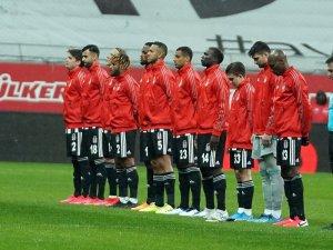 Süper Lig: Beşiktaş: 1 - Gaziantep FK: 0 (Maç devam ediyor)
