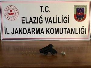 Elazığ'da 8 yıl kesinleşmiş hapis cezası bulunan şüpheli yakalandı