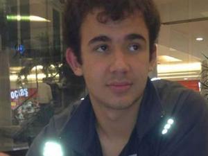 Lise öğrencisi babasının silahıyla intihar etti