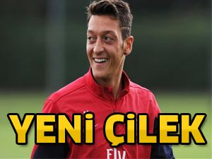 Yeni çilek Mesut Özil