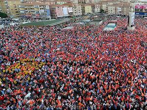 İstanbul'daki yasal miting alanları belli oldu
