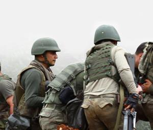 Operasyon yapan askeri birliğe saldırı