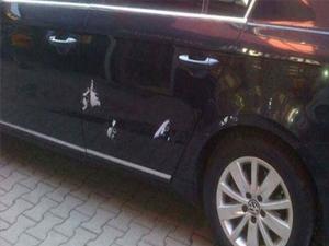 Ak Partili başkanın aracına silahlı saldırı