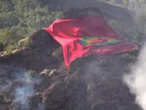 Van'daki PKK bayrağı indirildi