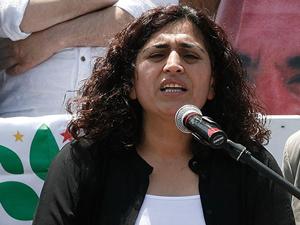 Sebahat Tuncel: Bayrak indirme olayı provokasyon