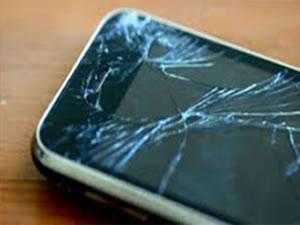 Telefon ekranları artık çatlamayacak