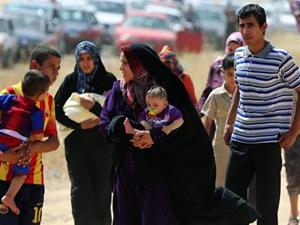 Musul'da 300 bin kişi evini terketti
