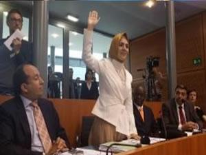 Brüksel Meclisinde Türk yemini!