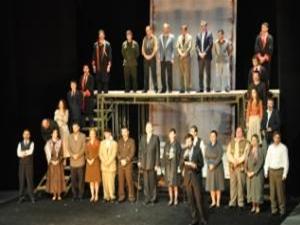 Bursa Şehir Tiyatrosu,yazın da oyunlarına kaldığı yerden devam edecek