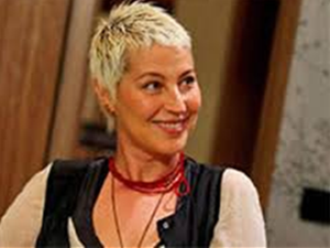 En iyi kadın oyuncu ödülüne Vahide Perçin layık görüldü