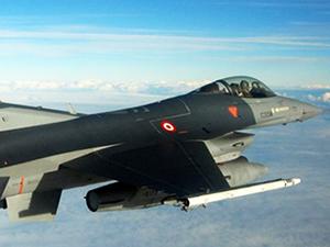 Musul'da Türk F-16'ları uçuyor!