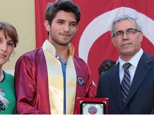 Okul birincisine Gezi cezası