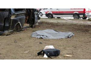 Isparta'da minibüs ile hafif ticari araç çarpıştı: 3 ölü, 8 yaralı