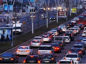Trafiğe kayıtlı araç sayısı 18 milyon!
