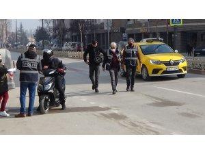 Ticareti taksi yolculuğu polis noktasında son buldu