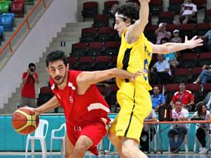 Türkiye İşitme Engelliler Badminton Şampiyonası başladı