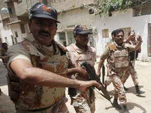 Pakistan Ordusu militanlara saldırdı!