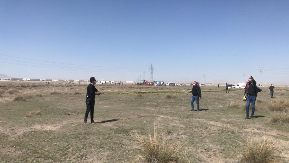 Konya'da askeri uçak düştü: 1 pilot şehit