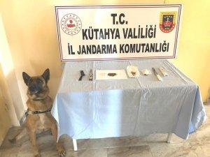 Kütahya'da iki araçta uyuşturucu ele geçirildi, 7 kişi yakalandı