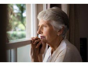 İlerleyen yaşta koku kaybına dikkat!