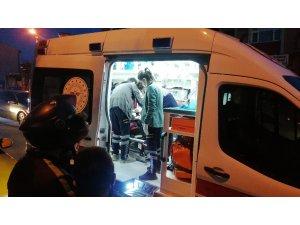 Otomobil ile çarpışan motosikletli yaralandı
