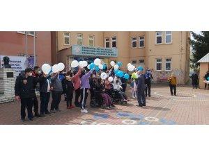 Özel Öğrenciler polis ekipleriyle bir araya geldi