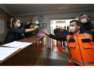 Tütüncü'den polis haftasında sürpriz ziyaret