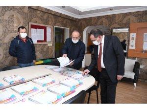Başkan Demir'den öğrencilere sınav morali