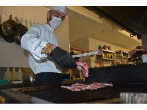 Balıkesir'in yöresel lezzetleri steakhouse kültürü ile buluştu