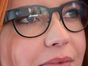 Google Glass İngiltere'de satışa çıktı