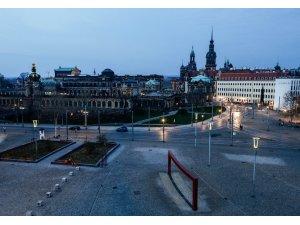 Almanya'da son 24 saatte korona virüsten 342 ölüm