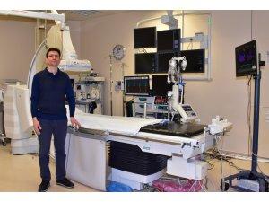ESOGÜ Hastanesi'nde 'Damarlarda Üç Boyutlu Elektrofizyoloji Haritalama Cihazı' kullanılıyor