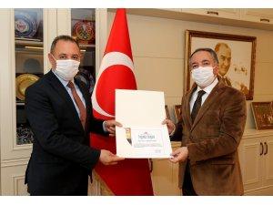 TDF, AİÇÜ Rektörü Prof. Dr. Karabulut'a teşekkür belgesi gönderdi
