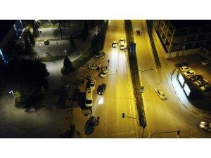 Uygulama havadan görüntülendi; Sokağa çıkma yasağına uymayanlara 61 bin TL ceza