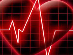 Hastasını ameliyat ederken kalp krizi geçirdi