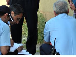 74 yaşındaki eşini öldürdü, polise teslim oldu