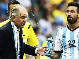 Arjantin Lavezzi'nin sulu şakasını konuşuyor