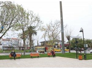 Mudanya'daki parklar güneş enerjisiyle aydınlatılıyor