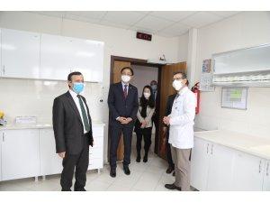 Kore Büyükelçisi ERÜ'de geliştirilen yerli aşı hakkında bilgi aldı