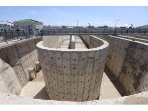 Van Büyükşehir Belediyesi atık su arıtma tesisi peyzajına başladı