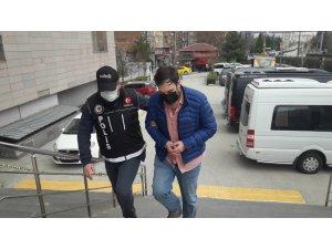 Eskişehir'de uyuşturucu operasyonunda yakalanan 5 kişiden 1'i tutuklandı