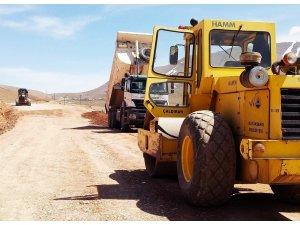 Van Büyükşehir Belediyesinden stabilize yol çalışması